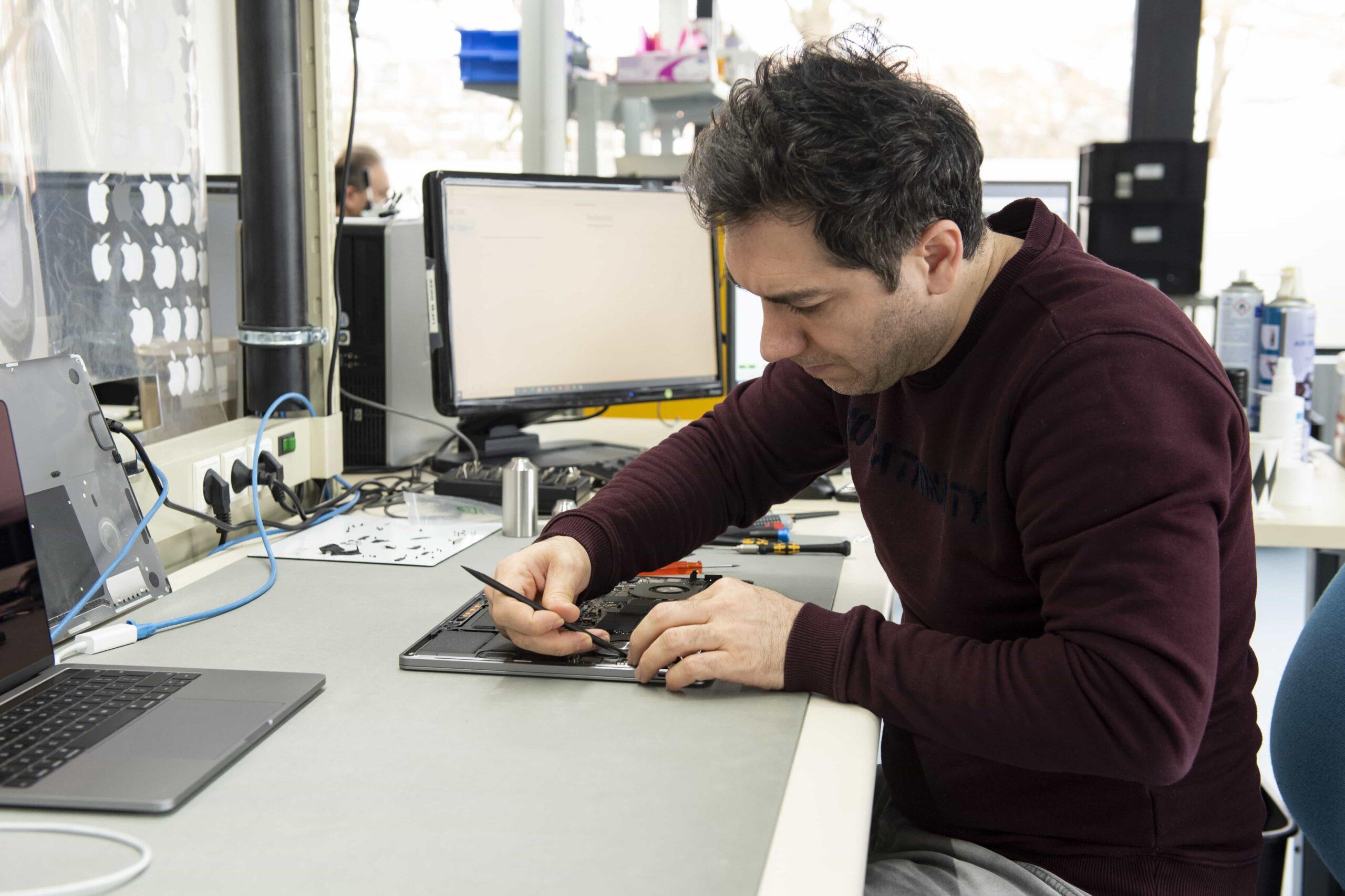 microfix laptop reparatie leiden